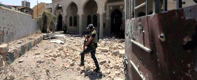 """Mosul, esercito di Baghdad: """"Liberata moschea di Al Nuri"""". Premier Al Abadi: """"E' la fine del falso Stato islamico"""""""