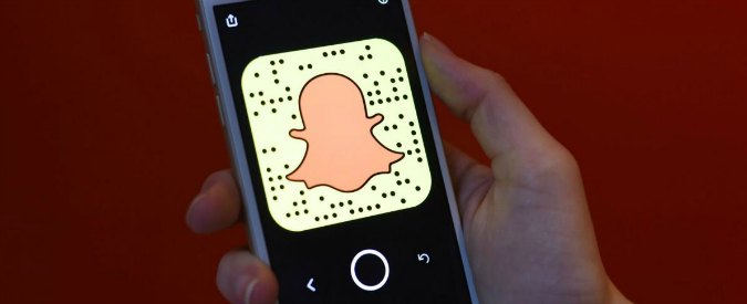 Snapchat lancia gli occhiali Spectacles: quello che vedi diventa un video per l'app