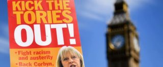 Regno Unito, via libera all'intesa conservatori-Dup. Ma il governo May è già appeso a un filo. Via i due consiglieri
