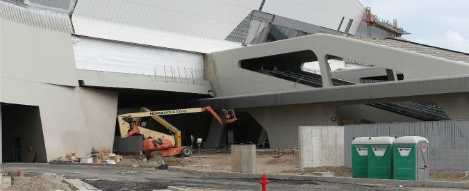 Afragola, i Nas nella stazione Tav appena inaugurata: non c'erano permessi, chiusi bar e parcheggio