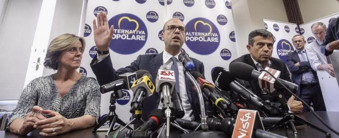 """Alfano non smentisce il tradimento di Renzi a Gentiloni: """"Nostra collaborazione col Pd è conclusa"""". Ma resta al governo"""