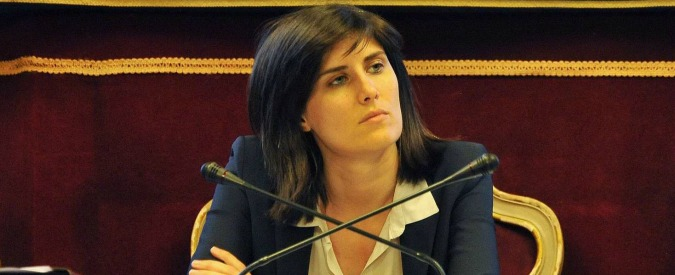 """Torino, Appendino: """"Gli scontri? Non si devono più ripetere. Intollerabile resistere ai controlli. Ritrovare senso civico"""""""