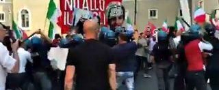 Ius soli, scontri alla manifestazione di CasaPound contro la legge. Polizia allontana i militanti con l'idrante