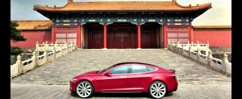 Cina, in rampa di lancio le mega fabbriche di batterie. E Elon Musk trema