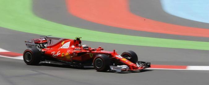 F1, Gp Baku: Hamilton in pole davanti al compagno di squadra Bottas. Ferrari in seconda fila: problemi al motore di Vettel