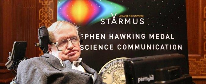 """Hawking lancia l'allarme sul futuro della Terra: """"La salvezza dell'umanità è in un nuovo mondo"""""""