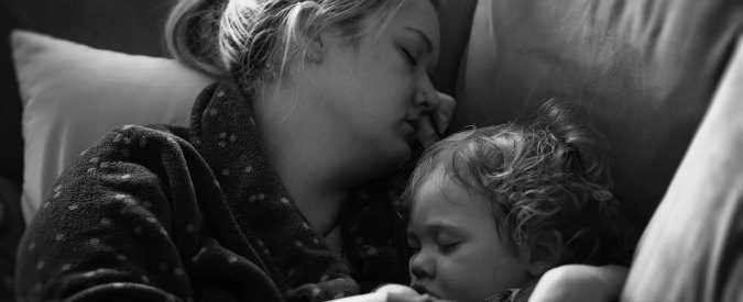 Vaccini e povertà, se i bimbi si ammalano è tutta colpa dei genitori?