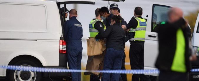 """Melbourne, prende in ostaggio donna: ucciso dalla polizia. Isis rivendica. Premier: """"Era in libertà vigilata"""""""