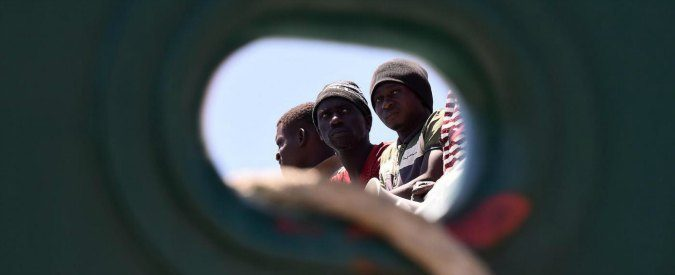 Lacrime di sale, cronache da Lampedusa. Un viaggio da cui si torna cambiati
