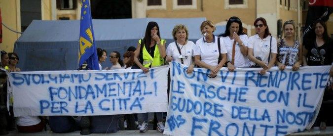 Roma Multiservizi licenzia 700 persone. Sulla giunta Raggi la grana del cortocircuito comunicativo e 4000 dipendenti da salvare