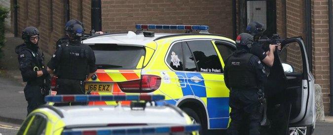 Gran Bretagna, a Newcastle auto contro la folla di fedeli che avevano festeggiato fine del Ramadan