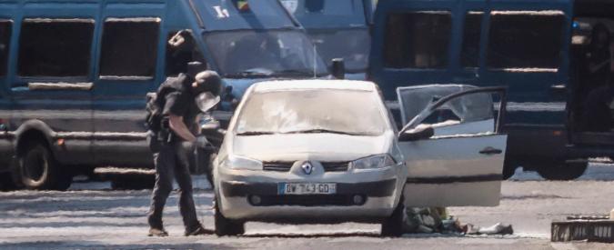 """Terrorismo: ecco chi è Adan Lofti, l'uomo che ha spaventato Parigi. """"Era segnalato come radicalizzato, ma con porto d'armi"""""""