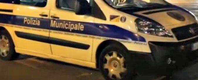 Parma, comandante della polizia investito e ucciso mentre era in servizio. Fermato l'autista: positivo all'alcol test