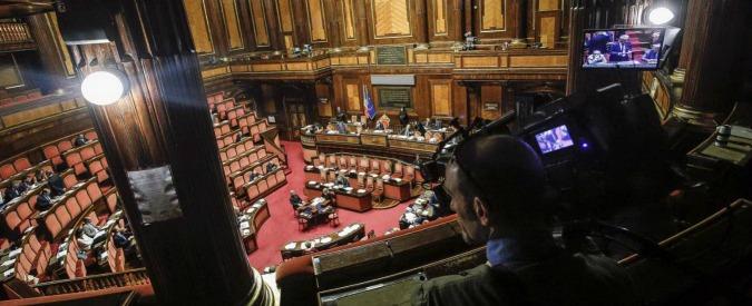 """Consip, Pd tenta di rinviare il voto sulle mozioni. Ma Grasso: """"L'odg non cambia"""". Mdp non rinuncia a passaggio su Lotti"""
