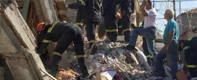 Terremoto nell'Egeo, anche la Caritas Italiana partecipa ai soccorsi a Lesbo. Quasi distrutto il villaggio di Vrissa