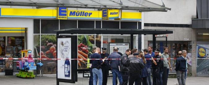 """Amburgo, i media tedeschi: """"Aggressore arrivato in Germania come rifugiato e vicino ad ambienti salafiti"""""""