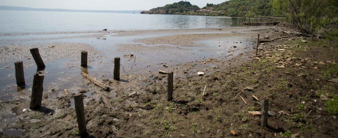 Siccità, trovato l'accordo: l'acqua a Roma non sarà razionata. Acea può continuare a prelevare (meno) dal lago di Bracciano
