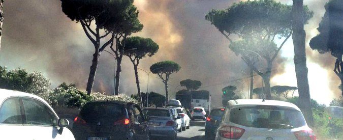 Incendi, azzerati i fondi della prevenzione Da 10 milioni l'anno a zero in 15 anni Galletti riferisce per 40′ e non ne parla