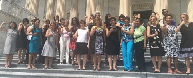 """Usa, le donne del Congresso sfidano il dress code: """"Vogliamo usare abiti senza maniche"""""""