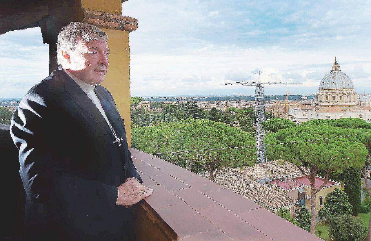 """Sesso in sagrestia e molestie"": tutte le accuse al cardinale Pell"