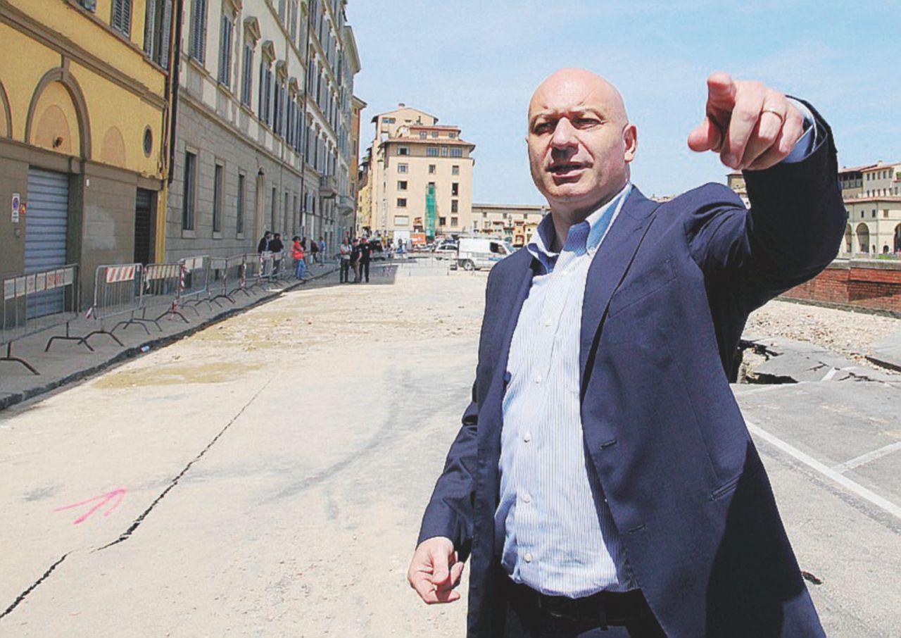 Consip, Vannoni indagato per favoreggiamento: interrogato, l'amico di Matteo Renzi fa marcia indietro