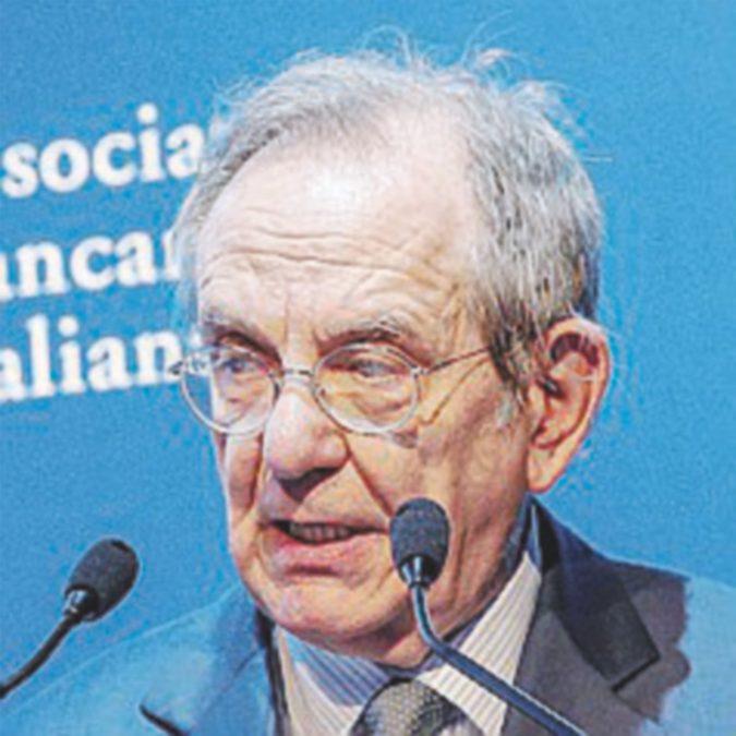 Responsabilità dei banchieri, Padoan apre e avvisa Renzi (ma il dl è bloccato)