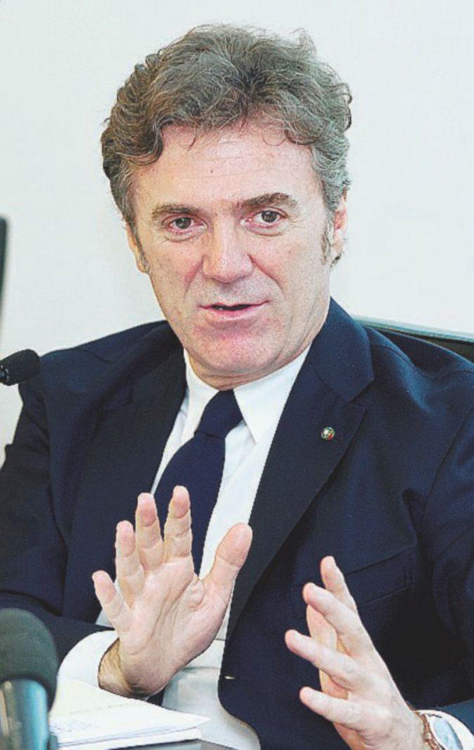 Cattaneo lascia Telecom, via dopo venerdì