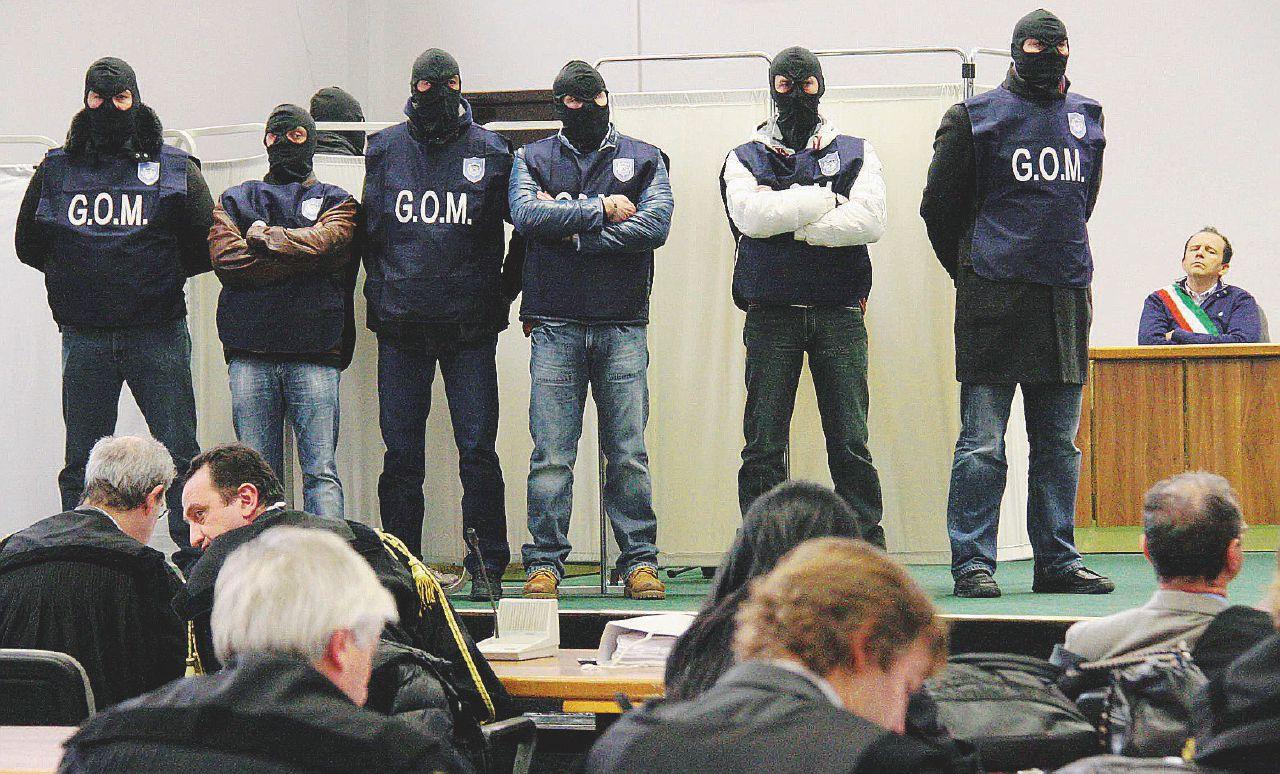 """Sul Fatto del 27 luglio: pure la 'ndrangheta in stragi e trattative: """"Votare Forza Italia e uccidere Calipari"""""""