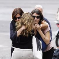 Bianca Berlinguer con la figlia Giulia ai funerali della moglie di Enrico, Letizia