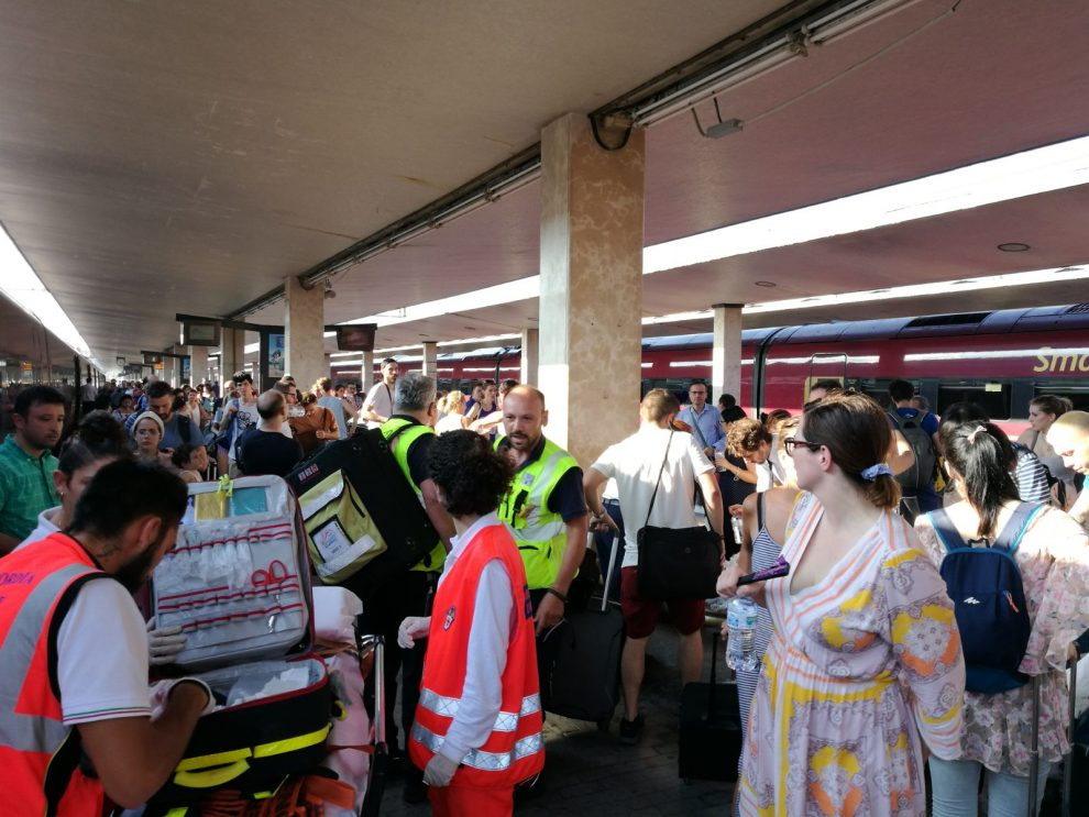 Italo, treno Roma-Milano bloccato per oltre 2 ore in