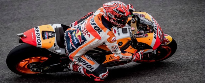 MotoGp San Marino, sul bagnato vince Marquez davanti a Petrucci. Terzo Dovi