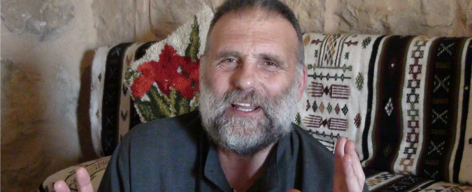 """""""Padre Dall'Oglio è vivo"""": secondo il """"Times"""" è oggetto di una trattativa tra lo Stato islamico e i combattenti curdi"""