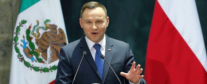 Polonia, Duda firma la prima legge della riforma della giustizia: governo nominerà presidenti dei tribunali di grado inferiore
