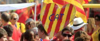 """Catalogna, blitz spagnolo sul governo indipendentista: 14 arresti. Barcellona in piazza. Puigdemont: """"Libertà sospesa"""""""