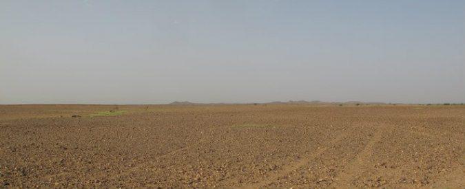 Migranti, la gloria e le frontiere nel deserto dei Tartari