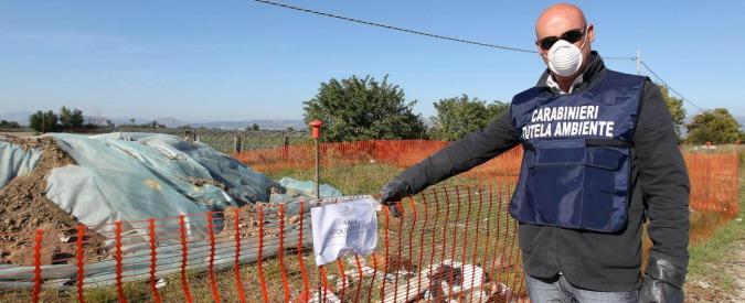 Rapporto Ecomafia, nel 2017 record di arresti per reati ambientali. Un quarto dei delitti scoperti riguarda i rifiuti