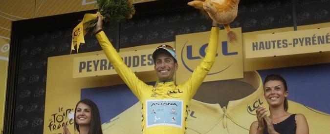 Tour de France, Fabio Aru terzo sui Pirenei: Froome si blocca, il sardo è nuova maglia gialla