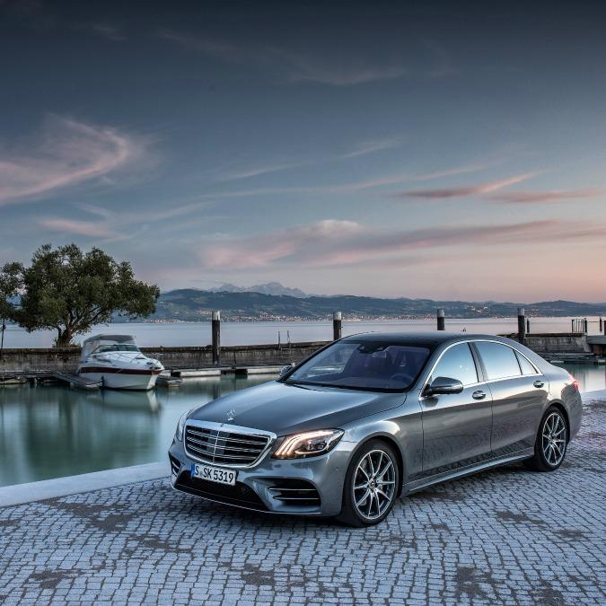 Mercedes Classe S, il restyling dell'ammiraglia è servito – FOTO