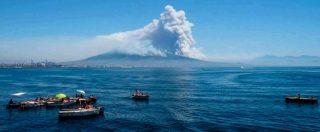 Incendi, Campania e Sicilia bruciano. Sul Vesuvio 2 chilometri di fuoco, danni ingenti e stato di calamità naturale a Messina. Fiorello: 'Sembra Roma dopo Nerone' – FOTO E VIDEO