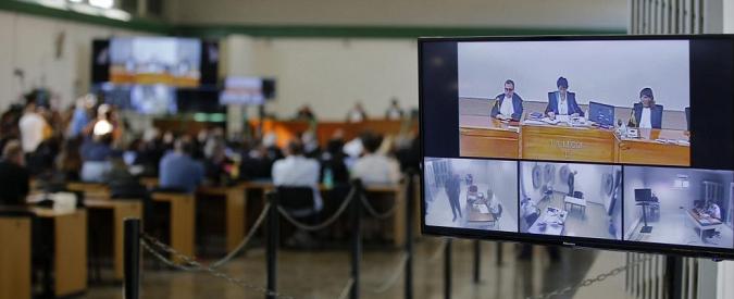 """Roma, i giudici sul Mondo di mezzo: """"Non mafia autonoma né derivata ma ricorso sistematico alla corruzione"""""""
