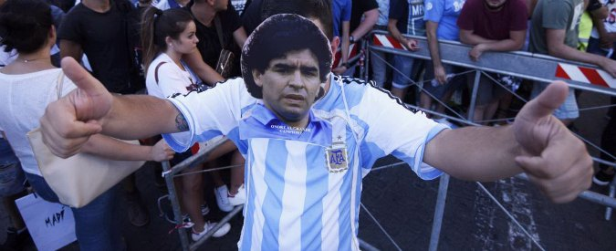Diego Armando Maradona cittadino onorario di Napoli