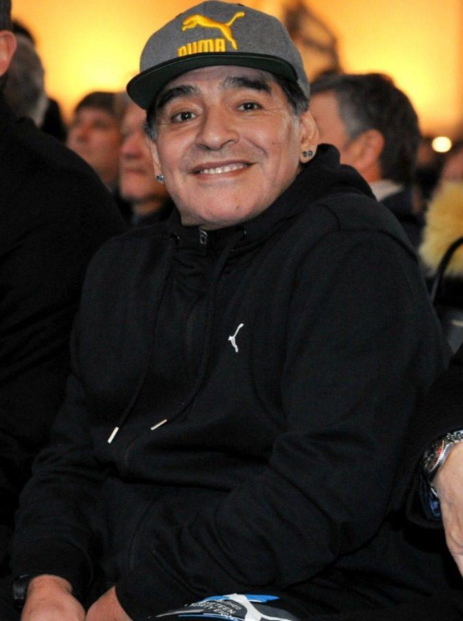 "Diego Armando Maradona smentisce: ""Non ho l'Alzheimer, non sto morendo"""