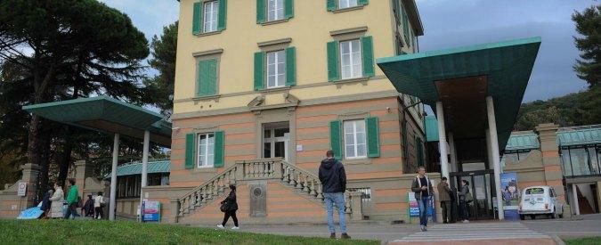 Firenze, usano la benzina per togliere i pidocchi: madre e figlia ricoverate in ospedale con gravi ustioni