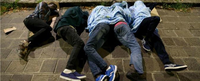 """Migranti, Times: """"L'opzione 'nucleare' dell'Italia contro l'emergenza: 200mila visti temporanei"""""""