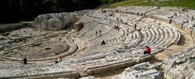 Siracusa, 'al parco archeologico monumenti chiusi. Nel parcheggio gli abusivi'