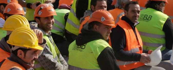 """Lavoro, Istat: """"Cala la disoccupazione, dato più basso dal 2012. Ci sono 149mila dipendenti in più, ma 8 su 10 a termine"""""""