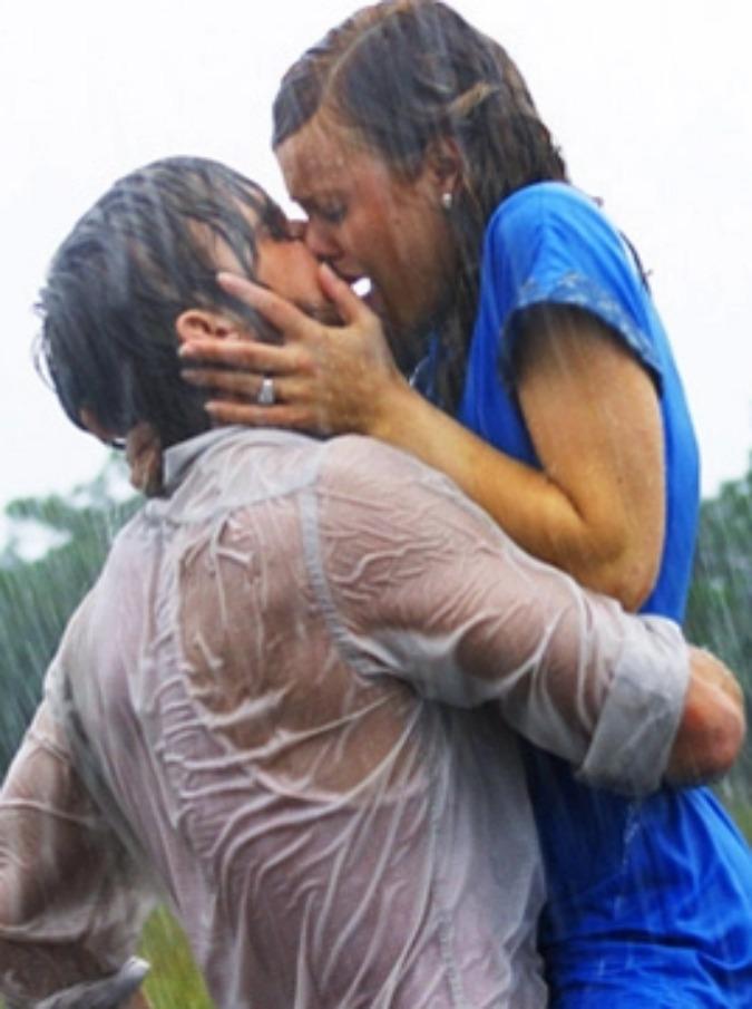 Giornata mondiale del bacio 2017, quali sono i più belli del cinema? Eccone otto, da Spiderman all'appassionato Ryan Gosling