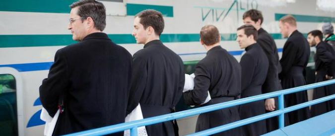Milano, parroco insegue e fa arrestare uno scippatore dando indicazioni via cellulare
