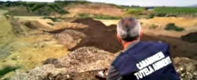 Il traffico di rifiuti cambia rotta: da Sud a Nord per seppellirli o bruciarli fuori dalle regole. Coinvolti dirigenti di Hera e A2a