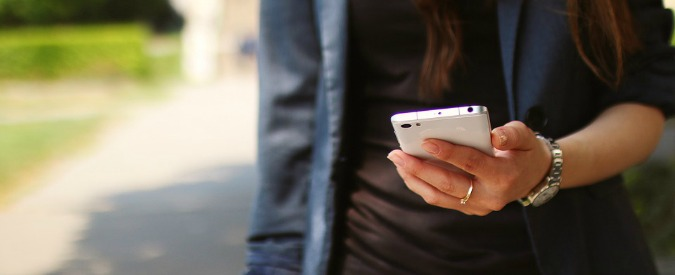 Io, un'aliena senza smartphone, vedo voi tutti così - Il Fatto Quotidiano